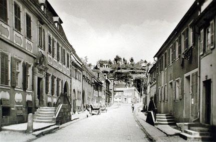 1950, Blickrichtung Nord, links altes Notariat, Bild: Archiv