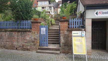Eingang zum Klostergarten Otterberg
