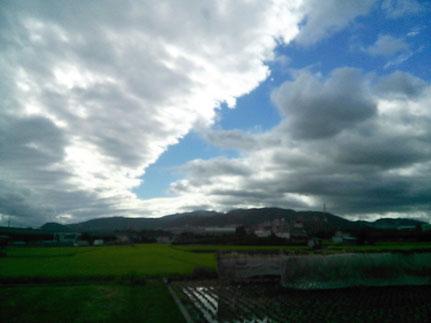 川のような空雲