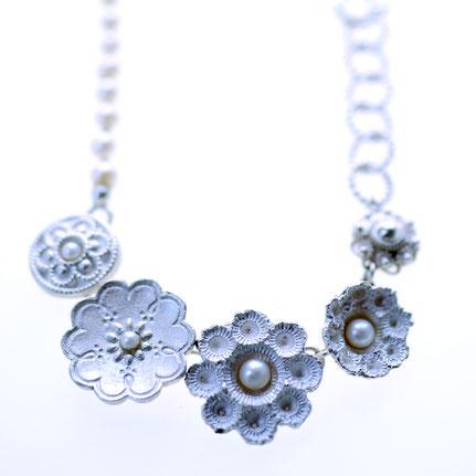 zeeuwse ketting in zilver enl, zeeuwse knoop sieraden, handgemaakte sieraden