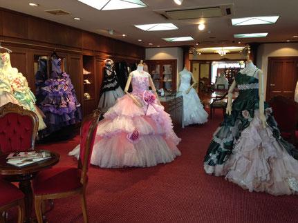 岐阜で剛力彩芽、Barbie(バービー)、ローラなどブランドウェディングドレスのレンタルといえば「ブライダルサカエ」