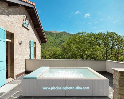 Montage petite piscine de ville en kit pour terrasse balcon et petit jardin Alba Alès proche Nîmes Gard