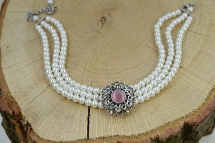 Kropfkette, Perlenkropfkette Opulentes Röschen