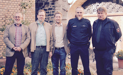 Wegbegleiter  von crimeic - Dieter Münzebrock, Peter Lutz Kalmbach, Tim Krenzel, Horst Peltzer & Martin Berger