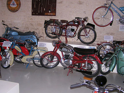 Motos S6V de 1950 et M2VS de 1953 - Monet & Goyon