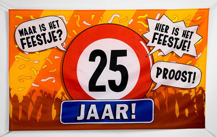 Gevelvlag 25 jaar 90x150 cm € 7,95