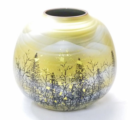 九谷焼通販 おしゃれな花瓶 花器 木立連山 正面の図
