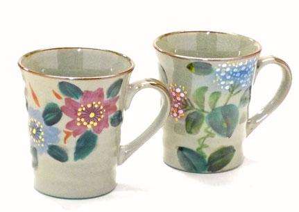 九谷焼通販 おしゃれなペアマグカップ 和桜&がく紫陽花 裏絵
