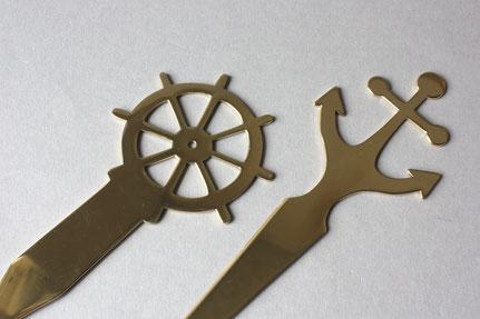 Elegante Brieföffner aus Messing im maritimen Stil, Handarbeit made in Germany, wahlweise oberhalb im Anker oder Steuerrad  Design
