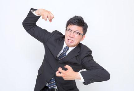 肩の力が抜けず肩こりの奈良県香芝市の男性