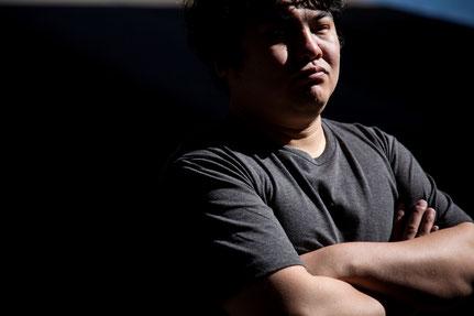 腰痛と肩こりに悩む奈良県香芝市の男性