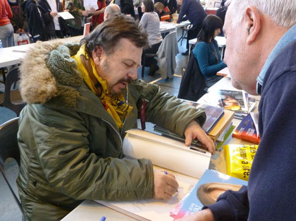 "Henry-Jean Servat pour son livre ""Romy la légende"""