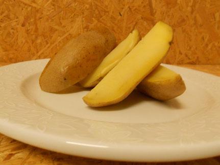 gekochte Kartoffel (für säugende Häsinnen und Mast)