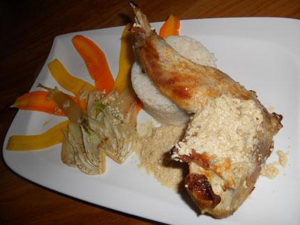 Kaninchenschulter in Joghurt-Tandoori-Masala mit Reis
