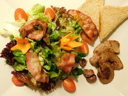 Blattsalat mit Leber, Niere und Herz
