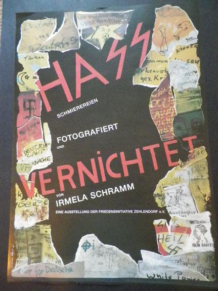 """Ausstellung """"Hass vernichtet"""" von Irmela Mansah-Schramm"""