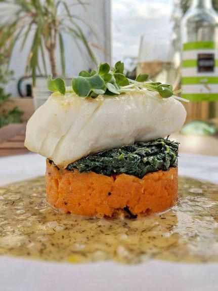 """Viel Gemüse & gedünsteter Fisch ergibt """"grün"""". (Foto T. Peinelt)"""