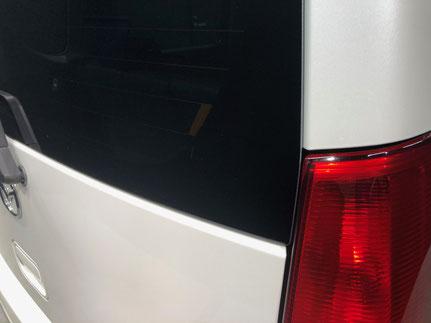 リア窓ステッカー除去作業