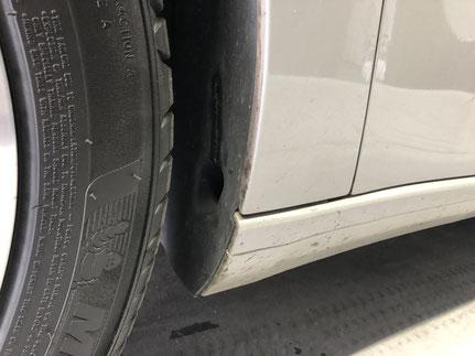 輸入車の細部洗浄とコーティング