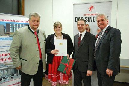Urkundenverleihung Maria Geißler
