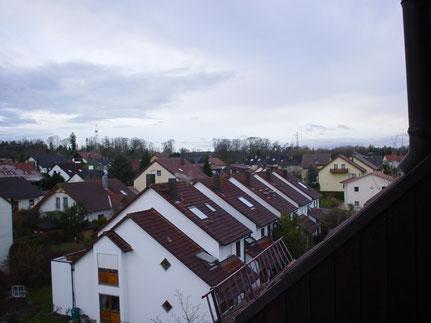 Ähnlicher Blick vom Balkon aus bei Tag