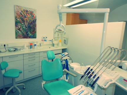 Behandlungsraum von Dr. Gragger