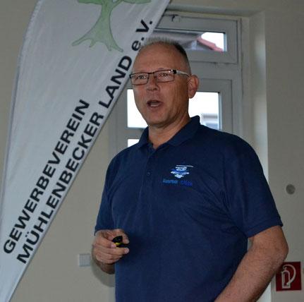 Th. Kleemann bei der Präsentation