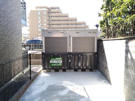 吹田市江坂町バイク駐車場