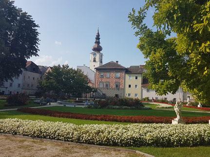 MAG Lifestyle Magazin online Urlaub Reisen Österreich Wels Sehenswürdigkeiten Burg Stadtpfarrkirche