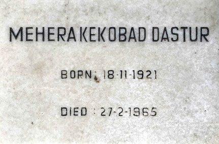 Grave marker : The death year should read as 1966. Photo courtesy of Mark Trichka, 2020