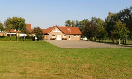 Schützenplatz und Schützenhaus aus Richtung Ems