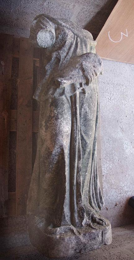 Fig 9 - Femme à l'oiseau - Photo Martin Szewczyk