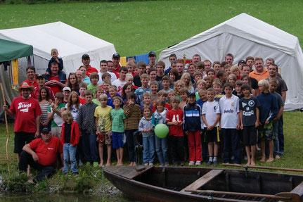 Gruppenfoto vom Jugendlager