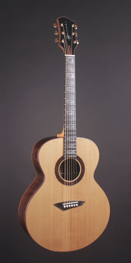Heeres Jumbo Model Acoustic Guitar