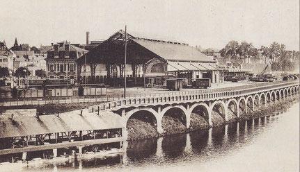 Gare des tramways sur l'ancien site de l'hôpital général  (collection Levoyer)