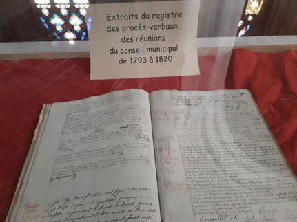 Registre des procès-verbaux du conseiller municipal de 1793