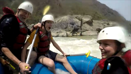 Rafting in Nepal mit Kind