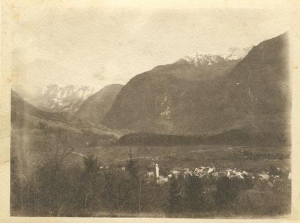 Bovec / Markt Flitsch 1915. Aufgenommen aus den Cukla Hängen. Sammlung Isonzofront.de