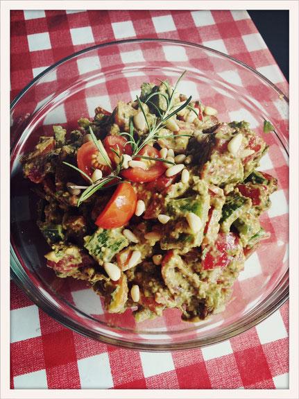 Pestosalat, Paprika Pesto Salat, Salat Pesto vegan, Paprikasalat vegan, Paprikasalat Thermomix, Pestosalat Thermomix