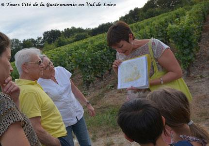 balade-dégustation-jeux-vignoble-Vouvray-enfants-en-famille-Touraine-Val-de-Loire-Rendez-Vous-dans-les-Vignes-Myriam-Fouasse-Robert