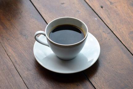 Kaffee regt den Appetit an