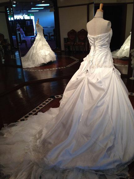 結婚式気分で選べるウェディングドレス「ブライダルサカエ」(岐阜県美濃加茂市)