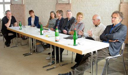 v.l.: Johannes Kimstedt, Heike Gundermann, Brigitte Raabe, Michael Stephan, Michael Hübl, HAWOLI, Dr. Anke Haarmann, Dr. Christoph Behnke,  Foto: Hans Jürgen Wege