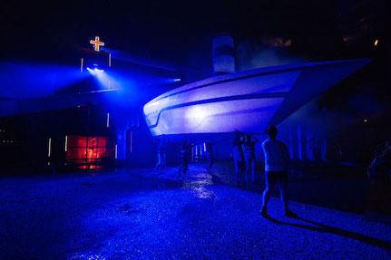 Aufblasbares Luftschiff beim Freiluftspiele Göschenen als Show Effekt für die Schlussszene.