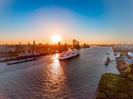 Luxus Kreuzfahrten ab Hamburg