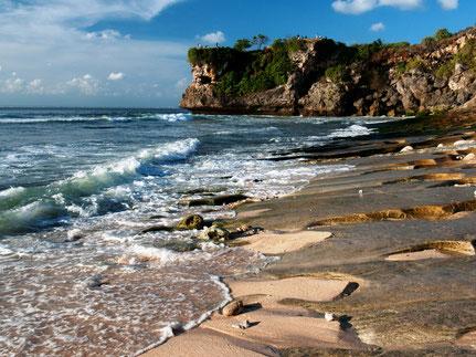 Het mooie strand van Balangan op zuid Bali