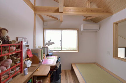 漆喰子供部屋