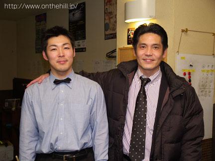 2006年『エイトボールオープン』準優勝時。右は大阪時代にお世話になったJ-BRIDGEの平井さん 写真提供 :  On the hill !