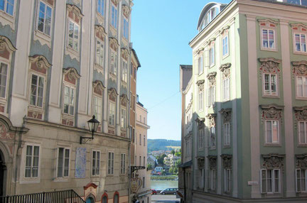 Linz top things to do - Old Town - Copyright  hash