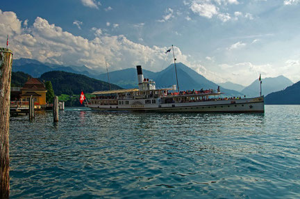 Lucerne top things to do - Ship Cruise - Copyright  Jason